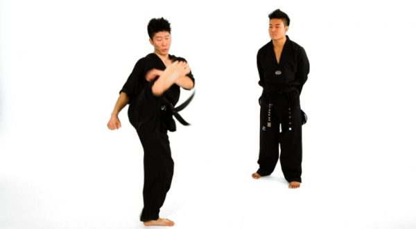 How to do a Double Roundhouse Kick in Taekwondo