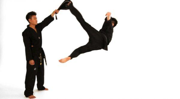 How to Do a Bolley Kick in Taekwondo