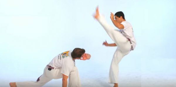 How to Do the Armada in Capoeira