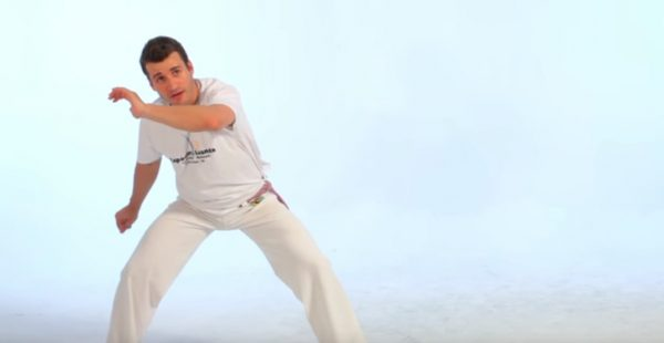 How to Do the Au in Capoeira