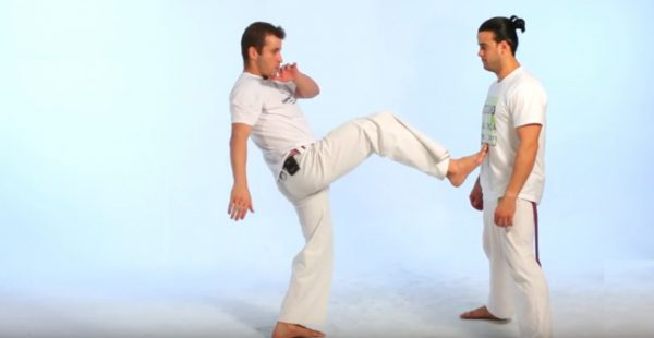 How to Do the Ponteira in Capoeira