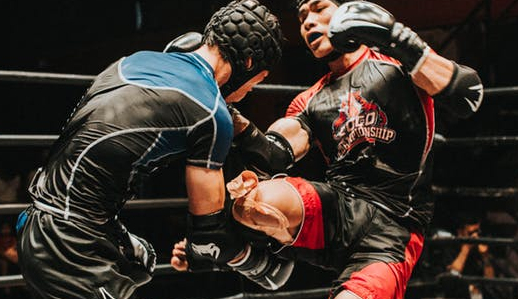Why you need to wear a Rashguard